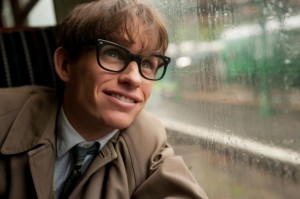 TTOE_D19_ 06191 Eddie Redmayne stars as Stephen Hawking in Academy Award winner James Marsh?s THE THEORY OF EVERYTHING, a Focus Features release. Photo Credit: Liam Daniel / Focus Features
