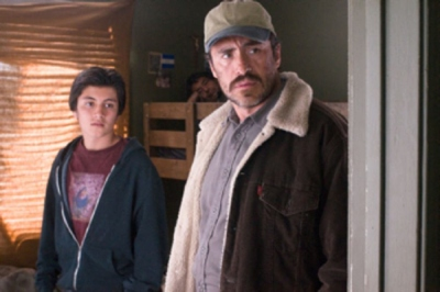 (L to R) JOSÉ JULIÁN and DEMIÁN BICHIR star in A BETTER LIFE.